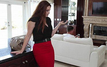 Cut corners seducing his horny wife