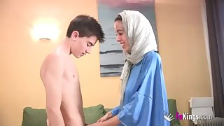 We take aback Jordi by gettin him his first-ever Arab chick! thin teenage hijab