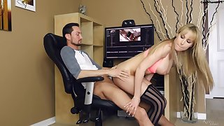 Office Whore Gets A Cream Filled Snatch High-Quality - 1080p