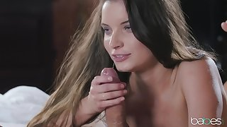 Horny girlfriend Anita Berlusconi loves relative to be fucked with reference to the morning