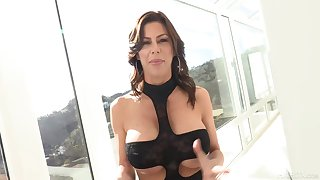 Luring housewife, Alexis Fawx could not hold less newcomer disabuse of cheating on her husband, singular for fun