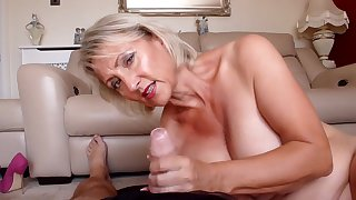 Spunking On all sides Over My Nylons - TacAmateurs