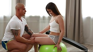 Hungry teenager is keen to work her trainer's huge dong